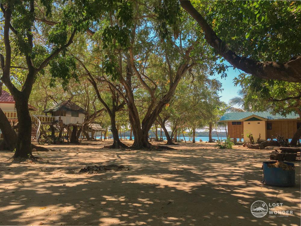 Photo of Magalawa Island