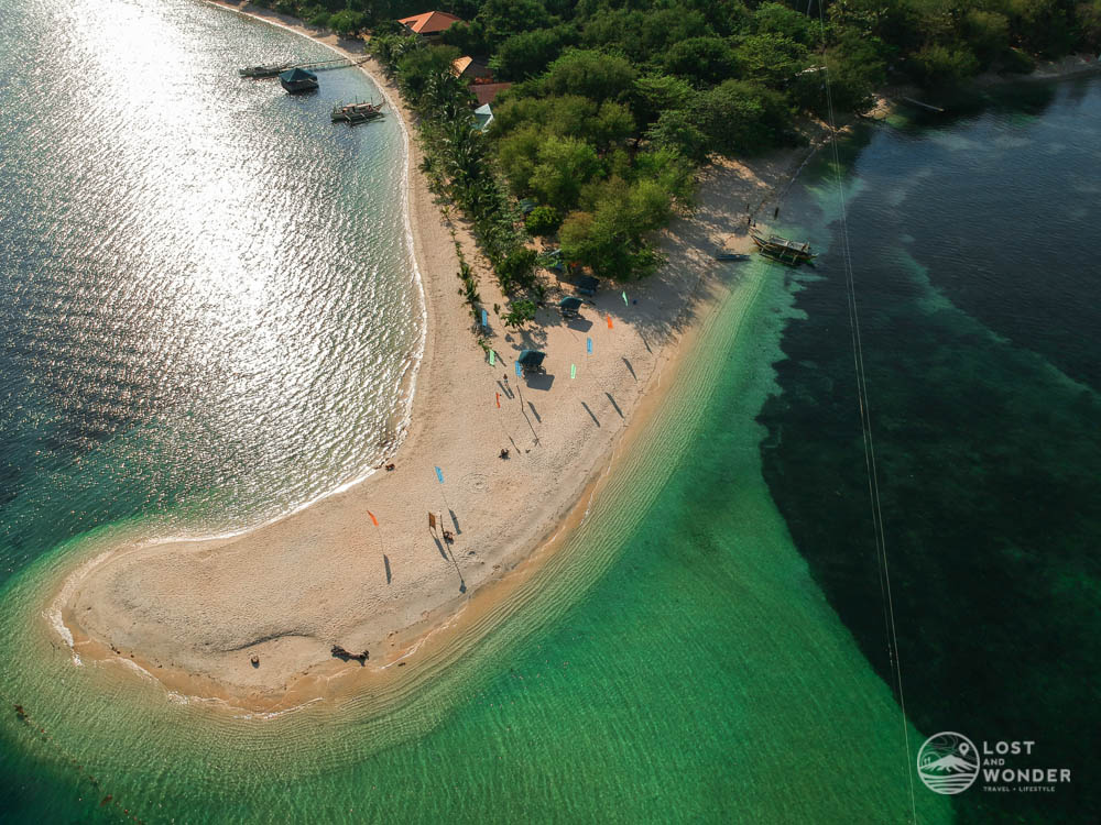 Photo of sandbar in Magalawa Island
