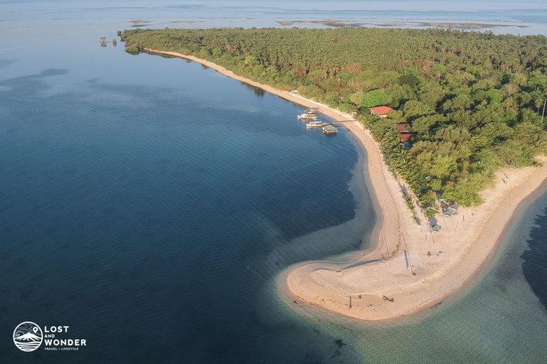 Photo of Magalawa Island in Zambales